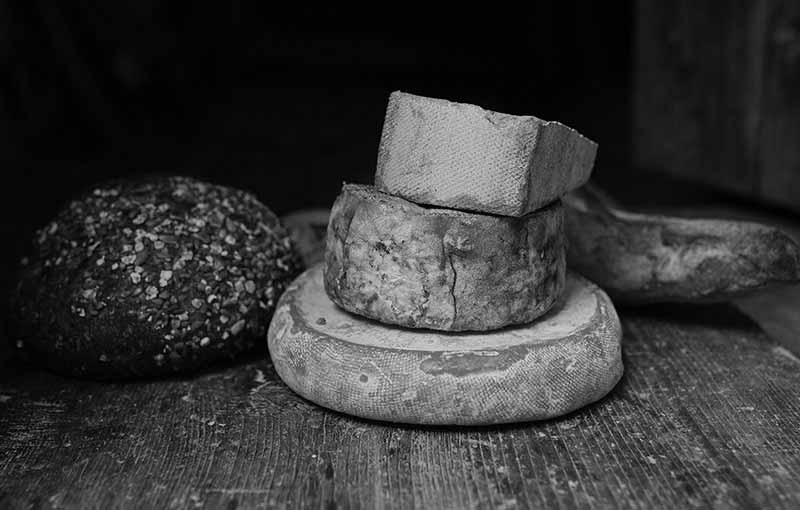 formaggi e pane
